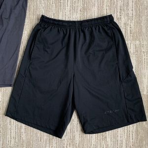 CCM HOCKEY MENS PRE-OWNED BLACK TRAINING SHORTS SM